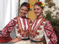 bulgarian-dancers-in-slovenia