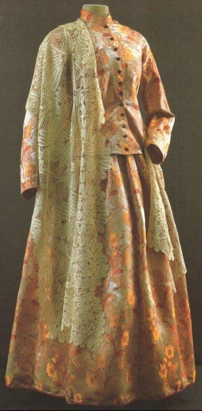 vologda-shawl